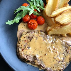 Pippuripihvi Classic house steak